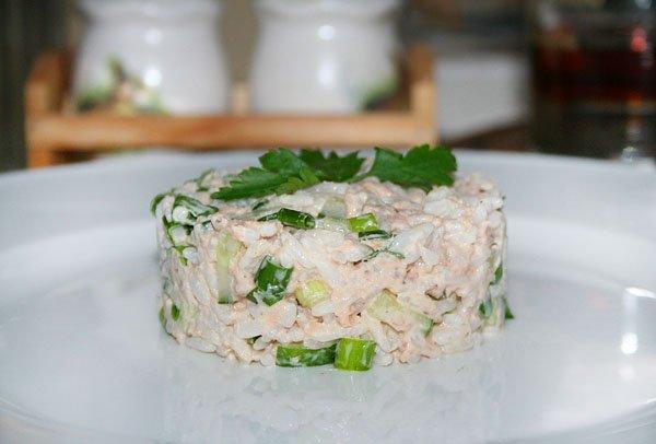 Рыбные салаты рецепты с без майонеза