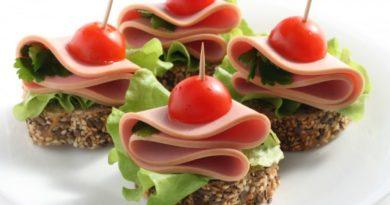 приготовить праздничные бутерброды