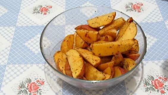картофель запеченный по деревенски