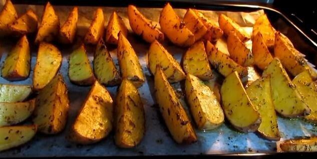 картофель дольками по деревенски